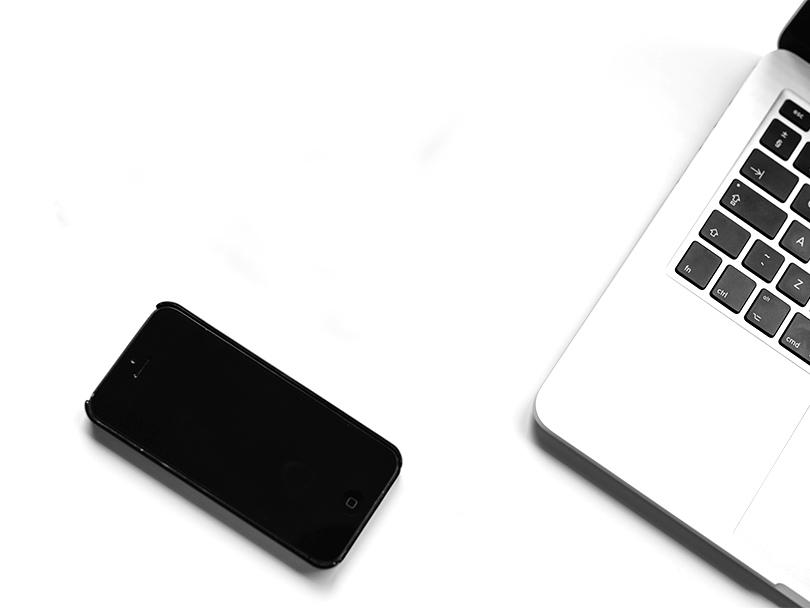 iphone-notebook-pen-working-34586-kl